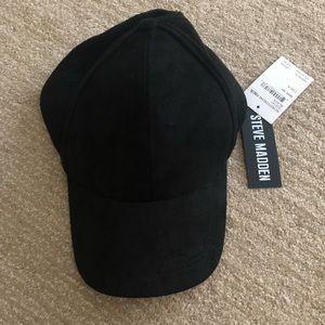 Steve Madden hat!